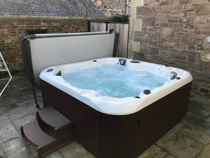 Cheap Hot Tubs >> Hot Tub Running Costs How Much Energy Does A Hot Tub Use
